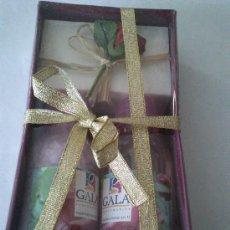 Miniaturas de perfumes antiguos: LOTE DE BOTELLA DE SALES DE BAÑO, ESPUMA DE BAÑO Y PASTILLA DE JABON DETALLE DE PERFUMERIAS GALA.. Lote 37043191