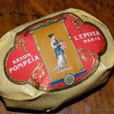 Miniaturas de perfumes antiguos: LUJOSA PASTILLA JABÓN - SAVON POMPEÏA - L.T. PIVER - PARIS - JABON VINTAGE DE LUJO. Lote 40190309