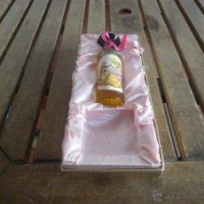 Miniaturas de perfumes antiguos: ESTUCHE DE COLONIA ROSALEDA DE VERA LE FALTA LA PASTILLA. Lote 40988072