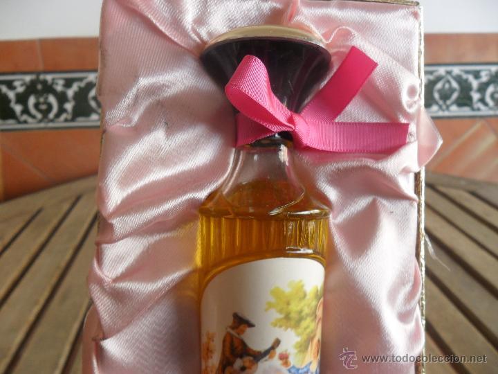 Miniaturas de perfumes antiguos: ESTUCHE DE COLONIA ROSALEDA DE VERA LE FALTA LA PASTILLA - Foto 4 - 40988072