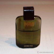 Miniaturas de perfumes antiguos: QUORUM - FRASQUITO DE COLONIA - ANTONIO PUIG - 6,2 CM. * 3,8 CM. * 1,5 CM.. Lote 41741382