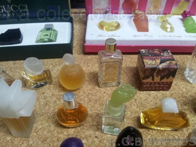 Miniaturas de perfumes antiguos: COLECCION DE 120 PERFUMES MINIATURAS GRANDES MARCAS Y ANTIGUOS - Foto 9 - 42809244
