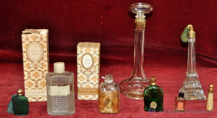 LOTE DE 10 BOTELLAS DE PERFUME ANTIGUAS, VARIOS MODELOS Y AÑOS (Miniaturas de Perfumes.)