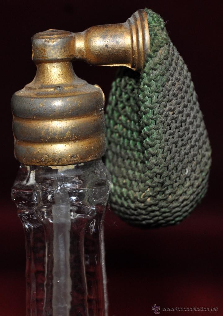 Miniaturas de perfumes antiguos: LOTE DE 10 BOTELLAS DE PERFUME ANTIGUAS, VARIOS MODELOS Y AÑOS - Foto 26 - 114979546