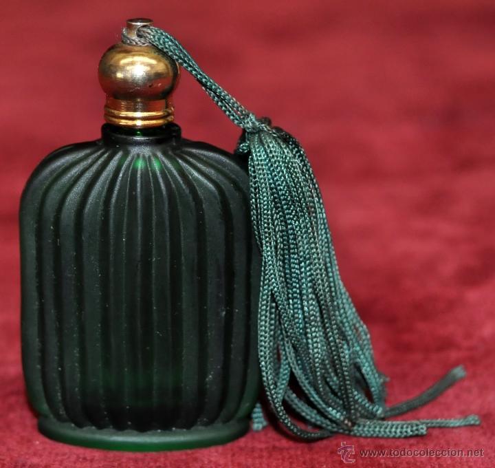 Miniaturas de perfumes antiguos: LOTE DE 10 BOTELLAS DE PERFUME ANTIGUAS, VARIOS MODELOS Y AÑOS - Foto 47 - 114979546