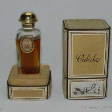 Miniaturas de perfumes antiguos: ANTIGUO PERFUME Y ESTUCHE ORIGINAL CALÈCHE HERMES, PARIS. CONTIENE TODO EL PERFUME, 30 ML. EL ESTUCH. Lote 101274736
