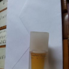 Miniaturas de perfumes antiguos: ANTIGUA MINI BOTELLA DE PERFUME TOILETTE TRISTANO ONOFRI FEMME 4ML.. Lote 45352557