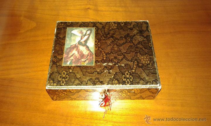 Miniaturas de perfumes antiguos: CAJA DE COLONIA Y JABÓN MAJA DE MYRURGIA + 2 CAJAS JABON VACIAS - Foto 3 - 46417215