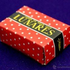 Miniaturas de perfumes antiguos: ANTIGUA CAJA CON PASTILLA DE JABON. LUNARES. GRAN LUJO. ORIGINAL. AÑOS 80. CABRERIZO-ARIZA. SIN USAR. Lote 52865464