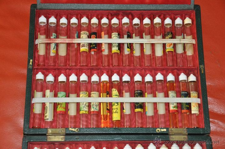 estuche para muestras de perfumes