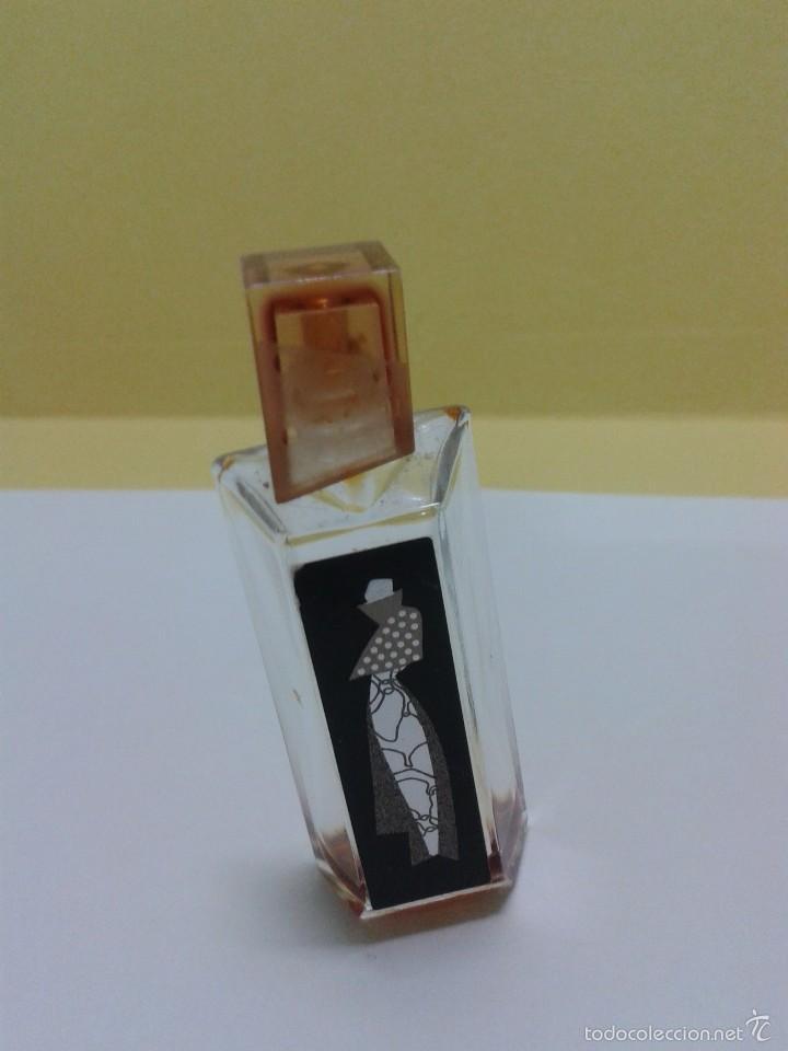 MINIATURA PERFUME HOT COUTURE, EAU DE PARFUM GIVENCHY. (Coleccionismo - Miniaturas de Perfumes)