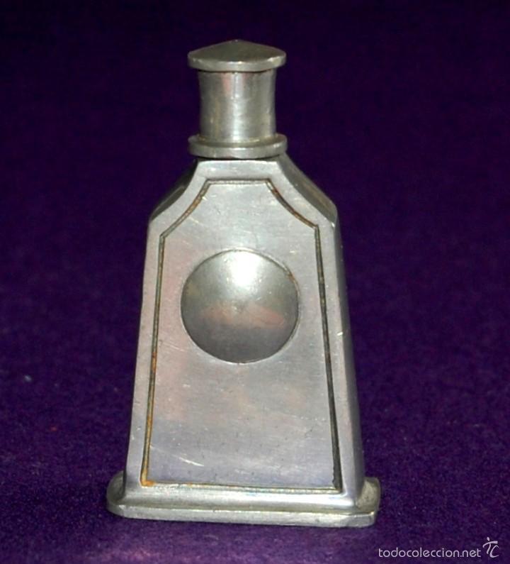 Miniaturas de perfumes antiguos: ANTIGUO PERFUMERO. AÑO 1846. DE ESTAÑO. EL REI- PORTUGAL. FRASCO PERFUME MINIATURA. - Foto 2 - 56818810