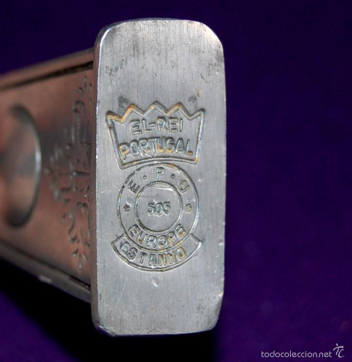 Miniaturas de perfumes antiguos: ANTIGUO PERFUMERO. AÑO 1846. DE ESTAÑO. EL REI- PORTUGAL. FRASCO PERFUME MINIATURA. - Foto 6 - 56818810