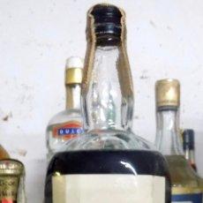 Miniaturas de perfumes antiguos: BOTELLA CREMA DE MENTA PEC, LLENA Y PRECINTADA, PRECINTO 80 CENTIMOS. Lote 62464532