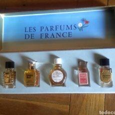Miniaturas de perfumes antiguos: CAJA DE PERFUMES EN MINIATURA . Lote 90990362