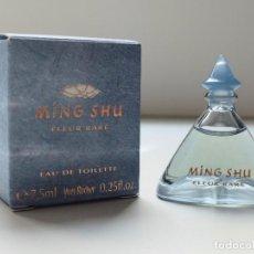 Miniaturas de perfumes antiguos: MINIATURA DE PERFUME MING-SHU, IVES ROCHER EN SU CAJA, EAU DE TOILETTE, MINI PARFUM 7,5 ML.. Lote 92197450