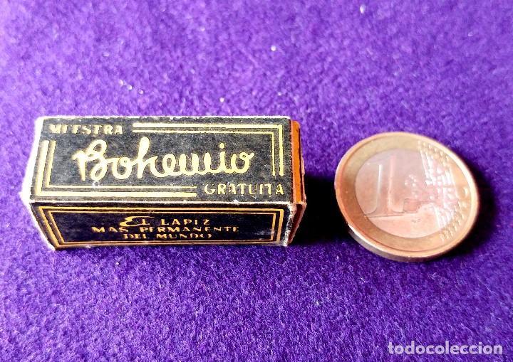 Miniaturas de perfumes antiguos: ANTIGUA MINIATURA LAPIZ DE LABIOS. PINTALABIOS. BOHEMIO. RAMON PONS. CAJA E INSTRUCCIONES.AÑOS 30-40 - Foto 4 - 96704971
