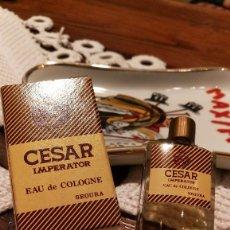 Miniaturas de perfumes antiguos: CESAR IMPERATOR, MUESTRA DE SEGURA, S.A.. Lote 97806563