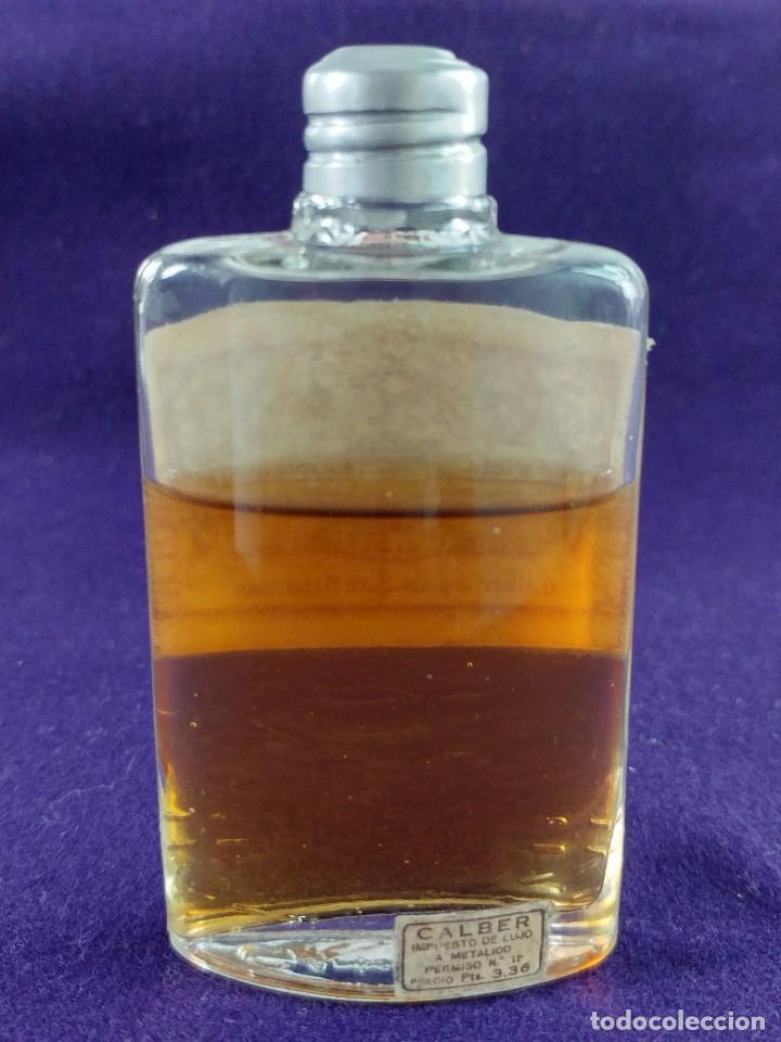 Miniaturas de perfumes antiguos: ANTIGUO FRASCO DE PERFUME VIEJA LAVANDA. CALBER. SAN SEBASTIAN. 1922 CREACION. MINIATURA. - Foto 2 - 99364487