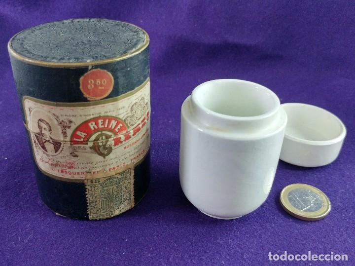 Miniaturas de perfumes antiguos: LA REINE DES CREMES. CAJA ORIGINAL Y SU TARRO DE PORCELANA. J.LESQUENDIEU. AÑOS 20. COSMETICA. CREMA - Foto 6 - 99366955