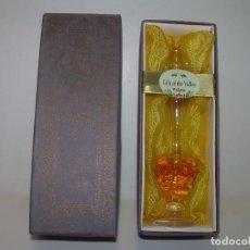 Miniaturas de perfumes antiguos: ANTIGUO FRASCO - BOTELLA DE PERFUME CON SU CAJA ORIGINAL...PERFECTO ESTADO DE CONSERVACION.. Lote 101442347