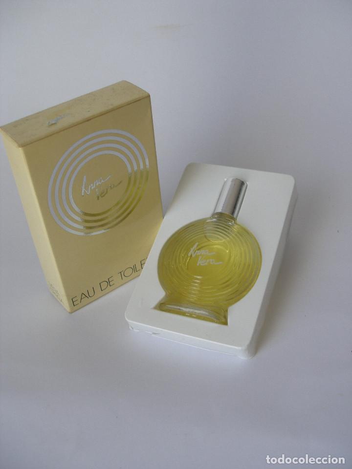 EAU DE TOILETTE ANNA VERA EN CAJA AÑOS 70 - BARCELONA - SIN USO (Coleccionismo - Miniaturas de Perfumes)