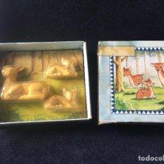Miniaturas de perfumes antiguos: ANTIGUA CAJA AVON CERVATILLOS DE JABON,. Lote 104617659