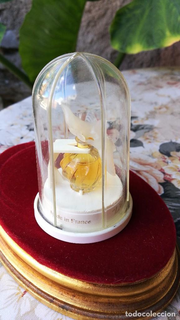 Miniaturas de perfumes antiguos: NINA RICCI, MUESTRA L'AIR DU TEMPS. - Foto 2 - 105024207