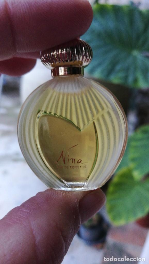 Miniaturas de perfumes antiguos: MUESTRA NINA RICCI. - Foto 2 - 107907295