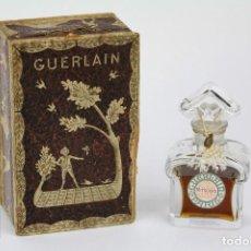 Miniaturas de perfumes antiguos: FRASCO DE PERFUME ORIGINAL AÑOS 20 - MITSOUKO - GUERLAIN, PARÍS - CAJA ORIGINAL Y FRASCO GRABADO. Lote 108804491