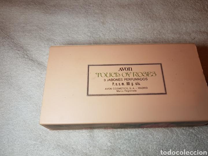 Miniaturas de perfumes antiguos: 3 JABONES PERFUMADOS AVON ANTIGUOS - Foto 2 - 109369664