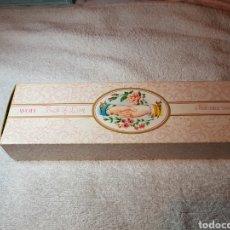 Miniaturas de perfumes antiguos: 3 JABONES PERFUMADOS AVON ANTIGUOS. Lote 109371519