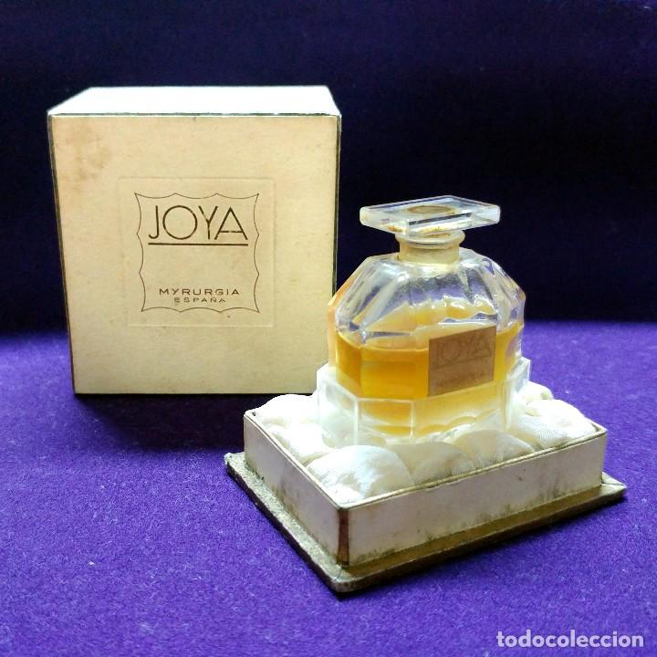 ANTIGUO FRASCO DE PERFUME JOYA DE MYRURGIA. ESPAÑA. EN SU CAJA ORIGINAL. AÑOS 50. MINIATURA. (Coleccionismo - Miniaturas de Perfumes)
