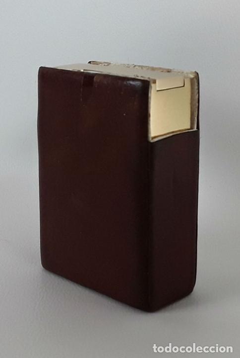 Miniaturas de perfumes antiguos: PERFUMERO GUERLAIN. DISEÑADO POR LOUIS CHARAVEL. 1950. - Foto 6 - 111983895
