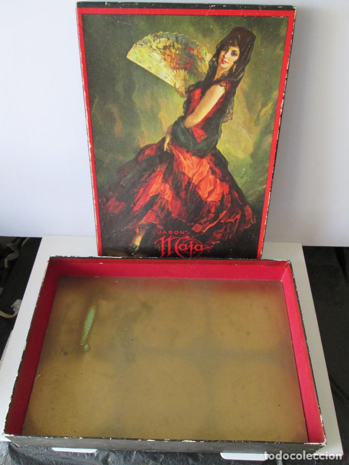 Miniaturas de perfumes antiguos: CAJA VACIA DE JABON MAJA DE MYRURGIA - 24X17X4 - Foto 2 - 111990723