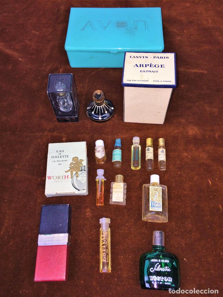 LOTE DE MINIATURAS DE PERFUME. DIVERSAS MARCAS. EUROPA. CIRCA 1940 (Coleccionismo - Miniaturas de Perfumes)