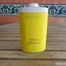 Miniaturas de perfumes antiguos: LATA DE TALCO HENO DE PRAVIA DE GAL LLENA . Lote 121578639