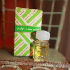 Miniaturas de perfumes antiguos: CARVEN PARIS. ROBE D'UN SOIR. . Lote 113278719