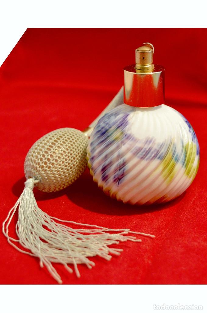 Miniaturas de perfumes antiguos: PRECIOSO PERFUMERO EN PORCELANA - Foto 3 - 57728004