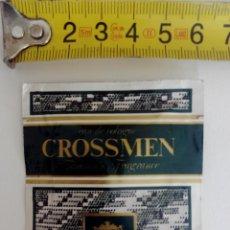 Miniaturas de perfumes antiguos: COLONIA CROSSMEN MUESTRA COLONIA EN TOALLITA - SIN ABRIR. Lote 120000687