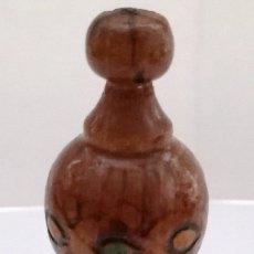 Miniaturas de perfumes antiguos: BULGARIA PERFUMERO MADERA MINIATURA PERFUME. Lote 122740539