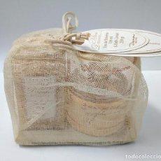 Échantillons de parfums anciens: MISS DANA EAU DE TOILETTE 100ML + BATH CAVIAR 250GR. Lote 125387175