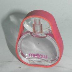 Miniaturas de perfumes antiguos: PERFUME EN MINIATURA DE MELLOW, ROBERTO VERINO, CONTIENE EL PERFUME.. Lote 125902227
