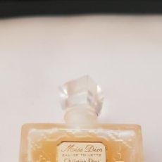 Miniaturas de perfumes antiguos: MISS DIOR CHRISTIAN DIOR. Lote 132291157