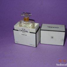 Miniaturas de perfumes antiguos: ANTIGUO CONJUNTO DE PERFUME CHANEL Nº 5 PARIS. Lote 135728519