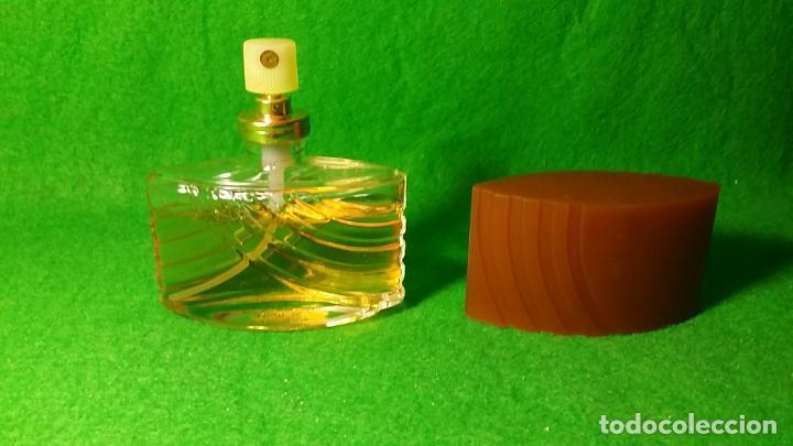 Miniaturas de perfumes antiguos: BOTE DE COLONIA ATOMIZADOR INSTINCT DE AVON 45 C.C - Foto 3 - 136805022