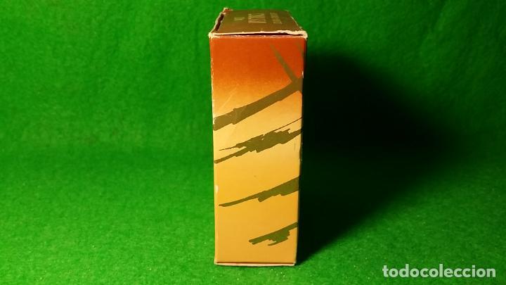 Miniaturas de perfumes antiguos: BOTE DE COLONIA ATOMIZADOR INSTINCT DE AVON 45 C.C - Foto 8 - 136805022