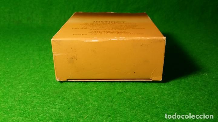 Miniaturas de perfumes antiguos: BOTE DE COLONIA ATOMIZADOR INSTINCT DE AVON 45 C.C - Foto 9 - 136805022