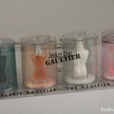 Miniaturas de perfumes antiguos: SET MINIATURAS JEAN PAUL GAULTIER -THE JPG GALLERY- 3 X 3,5 ML - 1 X 4 ML . Lote 138899818