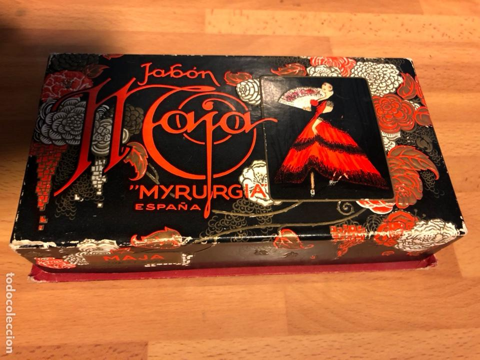 Miniaturas de perfumes antiguos: Antigua caja jabón maja de myrurgia españa - Foto 2 - 138928868